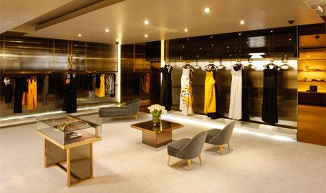 loja-de-roupa-feminina-decorada