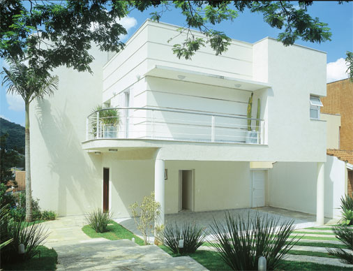 18 modelos de fachadas de casas modernas for Modelos de fachadas de casas