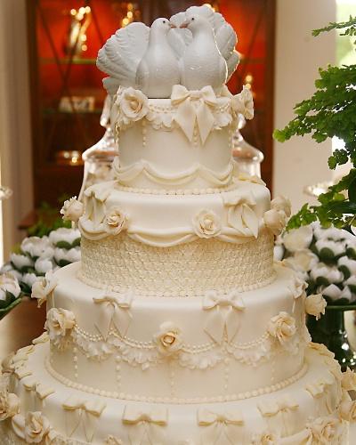 26-modelos-de-bolos-decorados-para-casamento