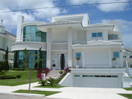 30 modelos de frentes de casas for Casas modernas para construir