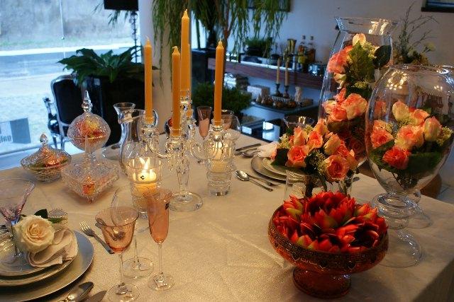 mesa-decorada-para-jantar-romantico