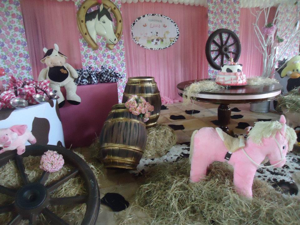 14-modelos-de-decoracao-para-aniversario-tema-fazenda