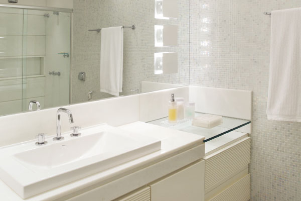 19 Modelos para Decoração de Banheiro social -> Decoracao De Banheiro Com Pastilhas Fotos