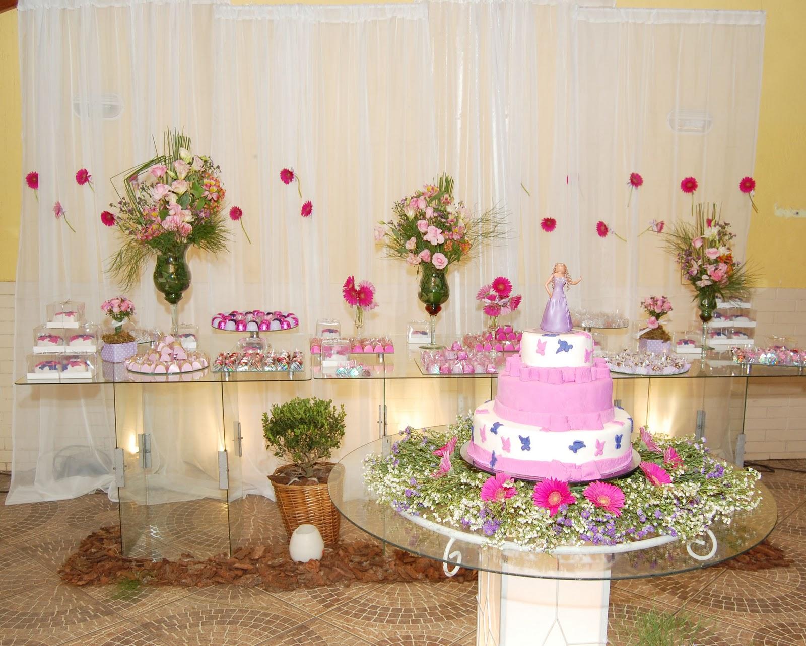 decoracao festa simples:Como fazer uma Decoração de Festa de 15 anos Simples e barata
