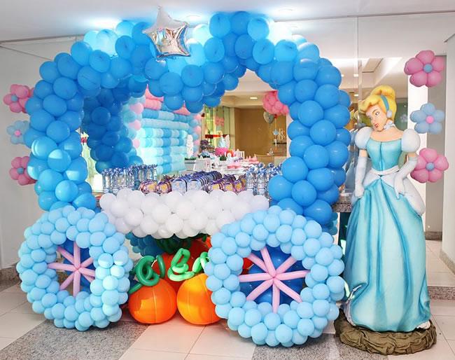 decoracao-cinderela-com-baloes