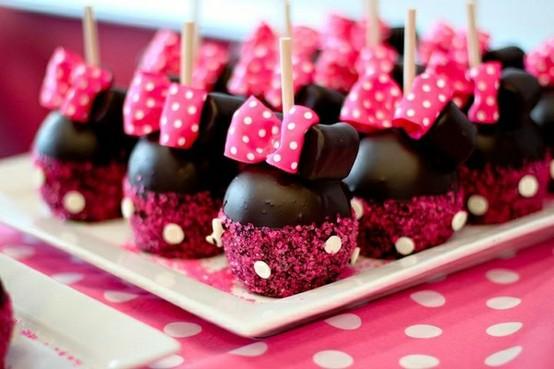 ideias-para-decorar-aniversario-tema-minnie