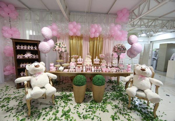 ideias-criativas-para-decoracao-de-cha-de-bebe-menina