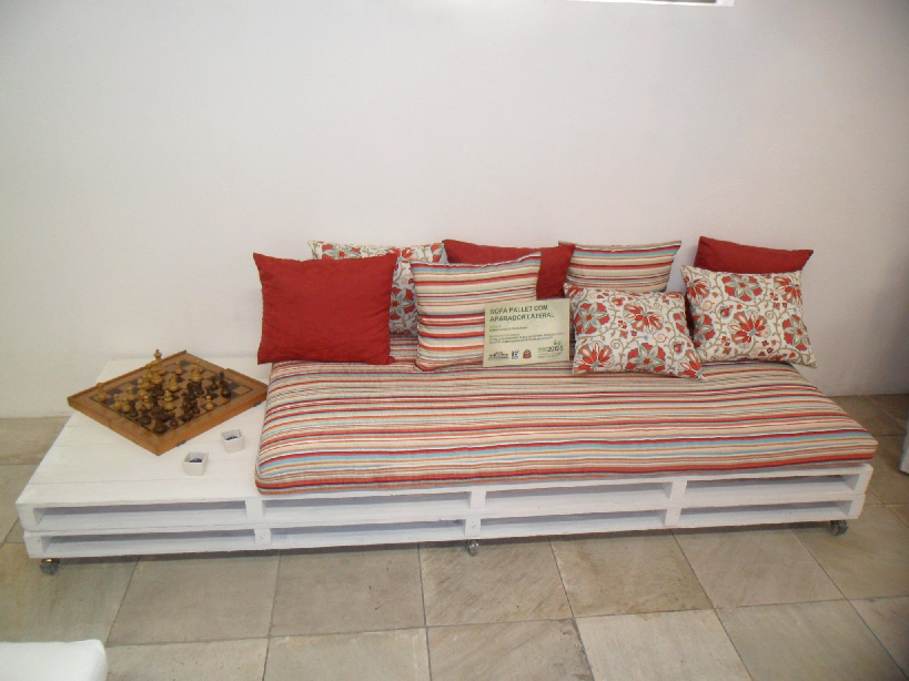 Pallet Sofa Car Interior Design