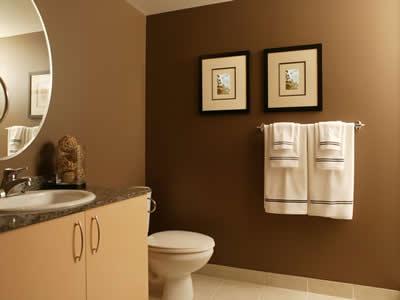 quadro no banheiro