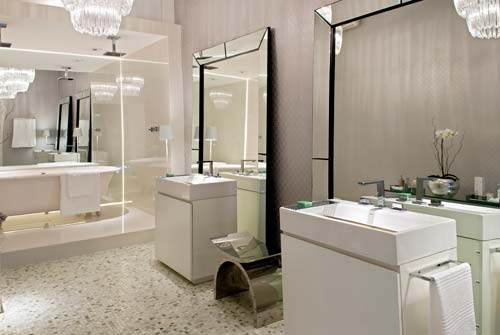 decoração para banheiros usando espelhos