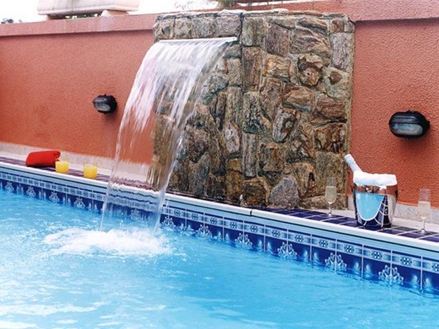 13 modelos de piscinas com cascata - Modelos de piscinas fotos ...
