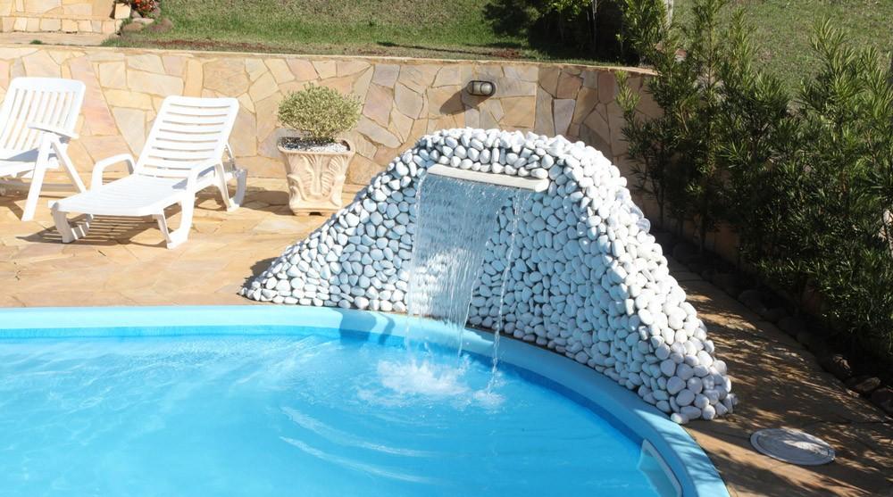 piscina-com-cascata-diferente