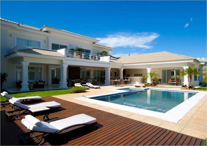 Piscinas em casa pre os acess rios e 18 modelos for Ver piscinas grandes