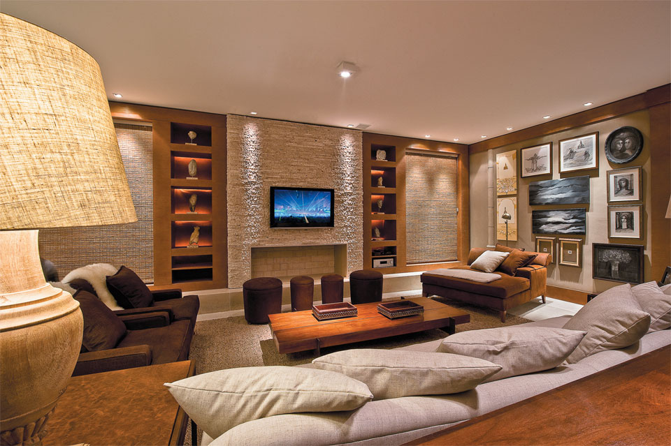 Decora o para salas grandes 14 modelos for Modelos de sala de casa