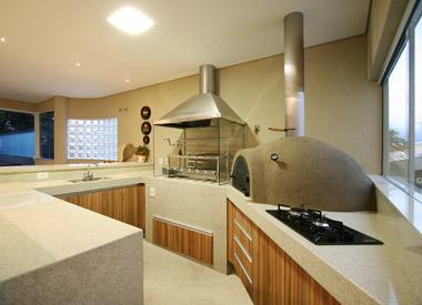 cozinha gourmet com churrasqueira e forno