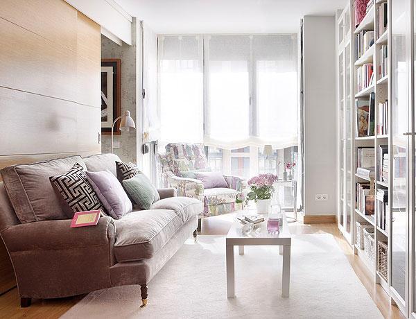 decorar kitnet homem:Small Apartment Living Room Interior Design