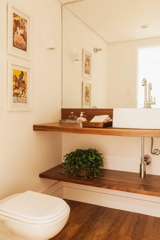 decoracao no lavabo:Prateleiras De Madeira