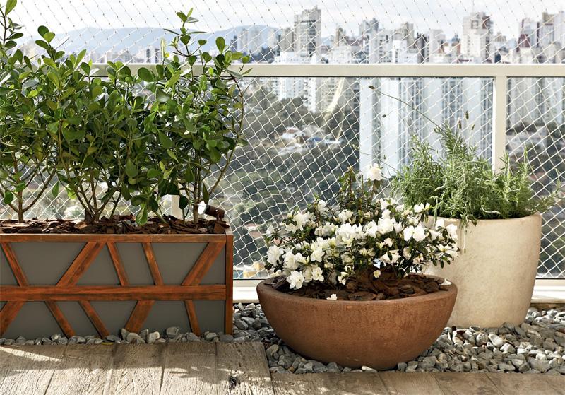 Decoraç u00e3o de Varandas com Plantas -> Decoração De Varanda Com Vasos De Plantas