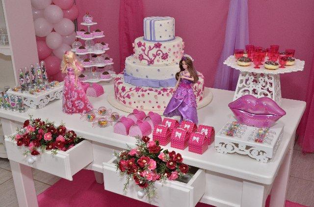 como-fazer-decoracao-de-festa-infantil-barbie