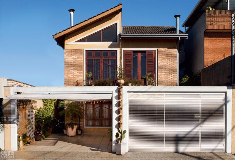 fachadas-de-casas-com-telhado-moderno