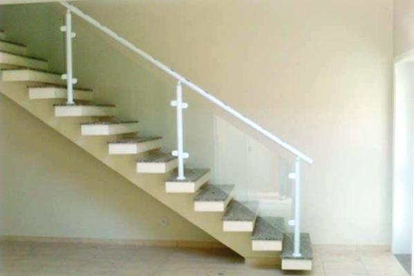 fotos Escadas com Corrimão de Vidro
