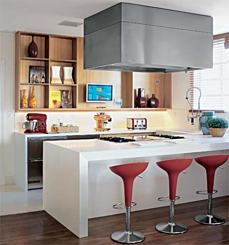 cozinha-com-ilha-colorida