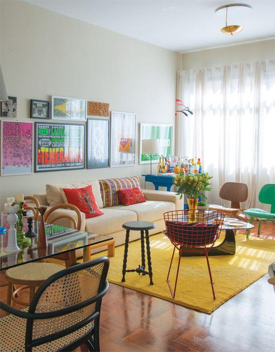 decoracao-de-sala-de-estar-com-quadros-criativos