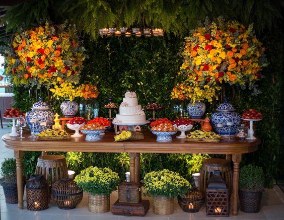 Mesas de Bolo de Casamento com flores