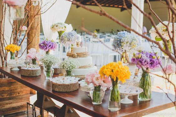Mesas de Bolo de Casamento rusticas