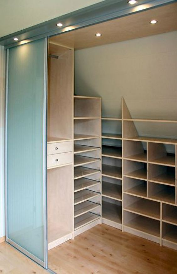 40 closets pequenos que v o inspirar voc for Ideas para closets pequenos