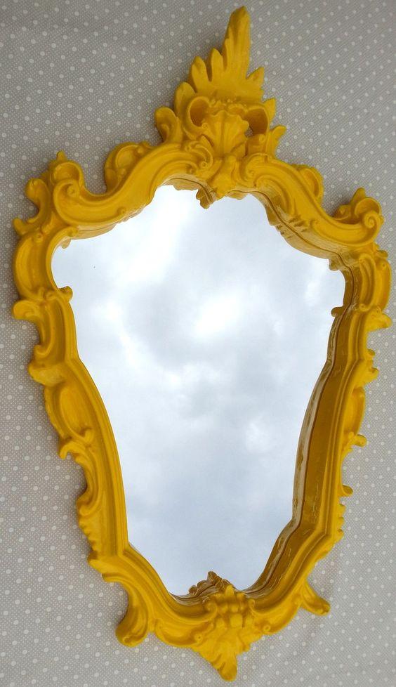 Espelho veneziano amarelo