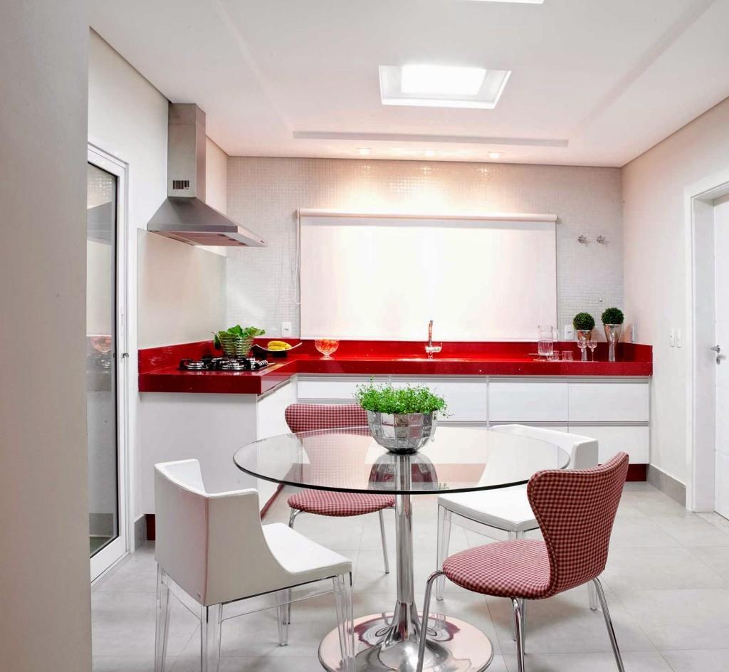 Cozinha em L vermelha