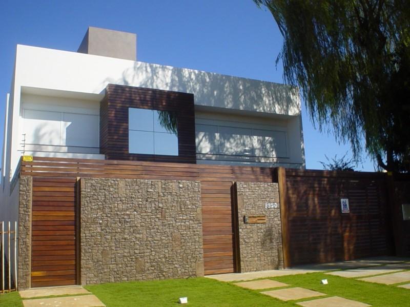 muros residenciais de madeira