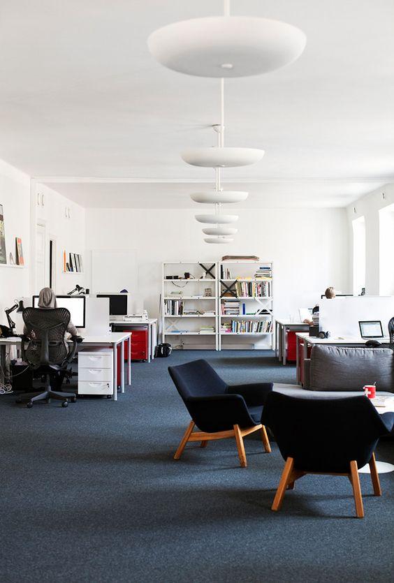decoracao-de-escritorio-de-trabalho-espontaneo