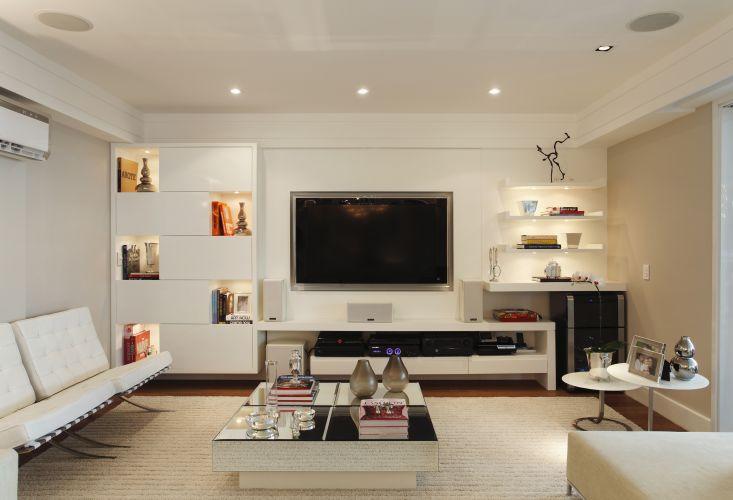sala-de-tv-simples-decoracao