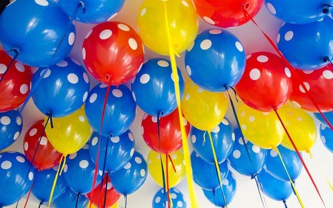 aniversario-com-baloes-decorados-baratos