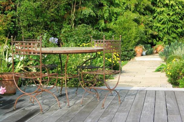 como-decorar-jardim-externo