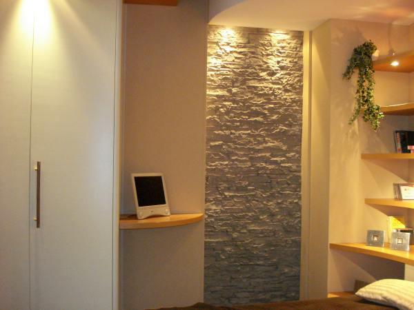 decoração de parede com pedras