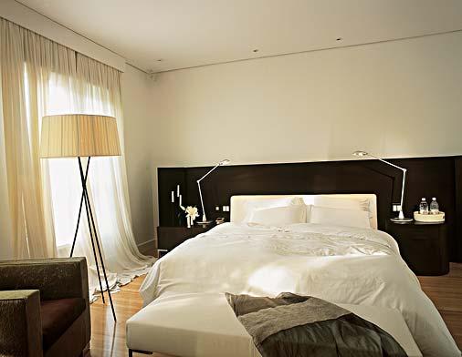 cortina-clara-para-quarto-de-casal