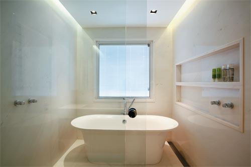 modelos-de-banheiras-para-banheiros-pequenos