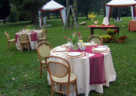 mesas-de-casamento-ao-ar-livre