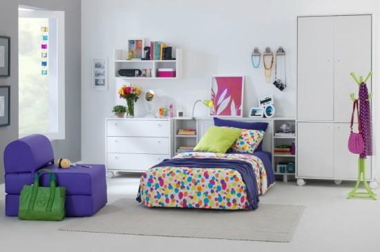 quarto-de-moca-decorado-colorido
