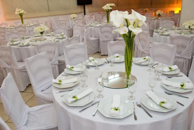 sugestoes-para-decoracao-de-mesas-de-casamento