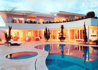 Casa de luxo com piscina