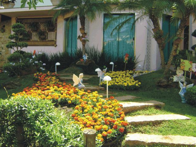 Fotos de Decoração de Jardins Residenciais pequenos e simples
