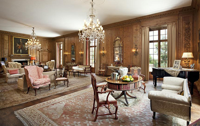 Lustre clássico na sala