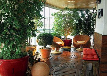 fotos-de-decoracao-de-varandas-com-plantas