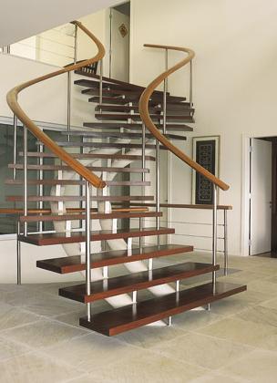 modelos-de-escadas-internas-em-madeira