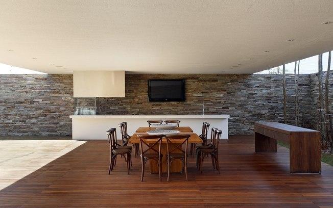 piso-de-madeira-na-decoracao-para-casas