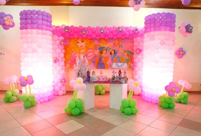 modelos-de-decoracao-de-festa-infantil-barbie